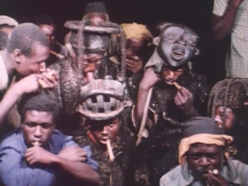 E2630アフリカ・カメルーン草原・ティカール族「夜の仮面の登場」(1970)